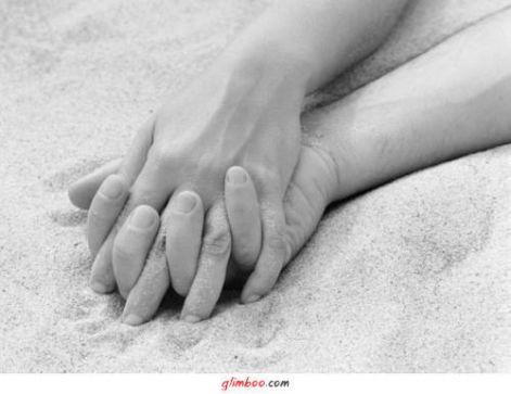 kezek20a20homokban.jpg